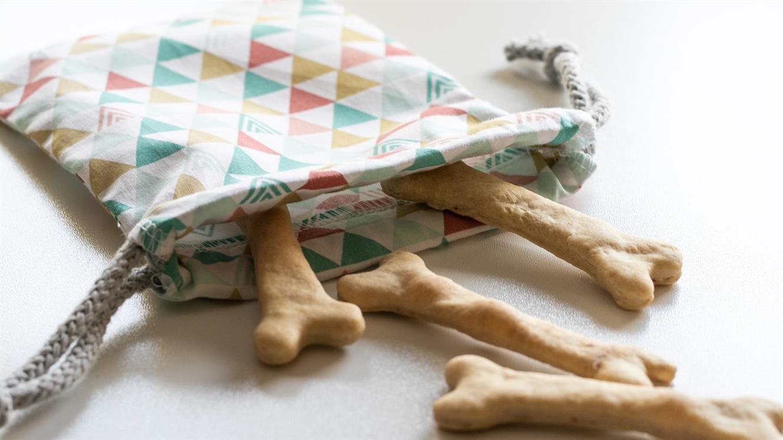 Žakeljček za pasje piškote