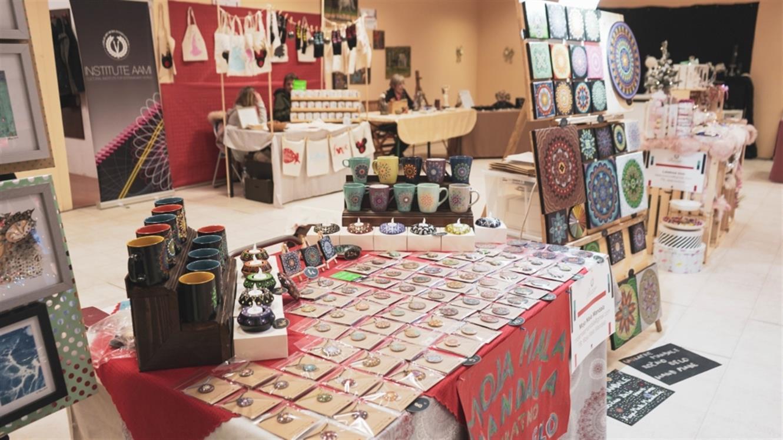Decembrski bazar v Dvorani A