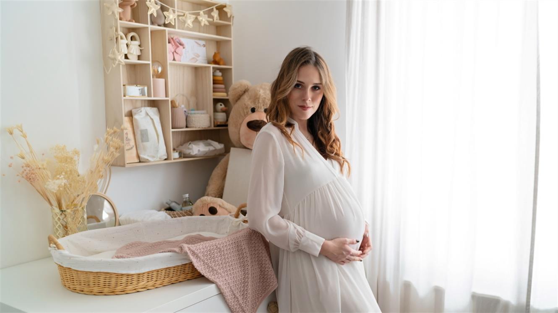 Evin izbor: Dojenček na poti! Kateri izdelki ne smejo manjkati doma?