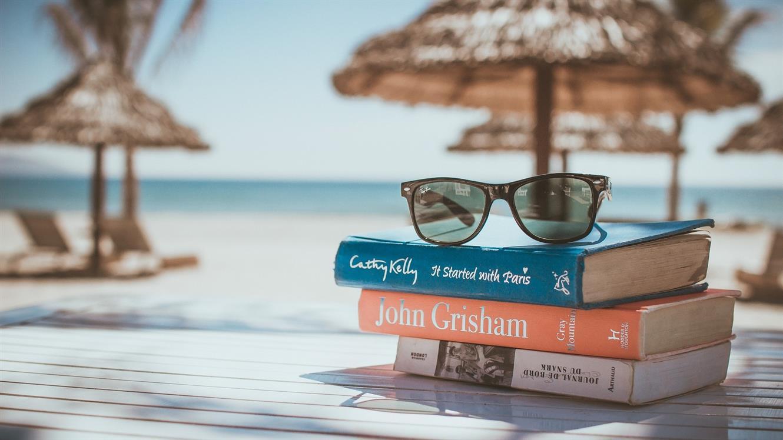 Ideje za poletno branje iz Založbe Karantanija