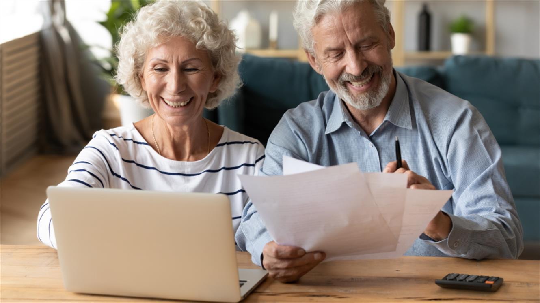 Na daljavo: brezplačne delavnice digitalnih veščin za starejše