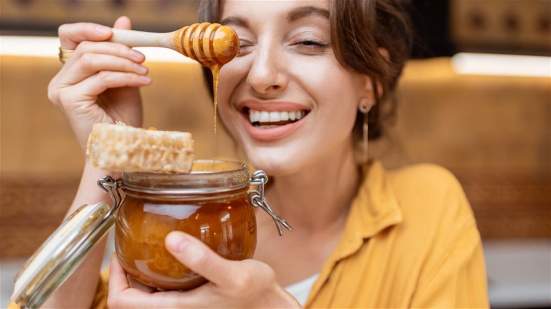 Ob pomoči čebel do lepe in zdrave kože