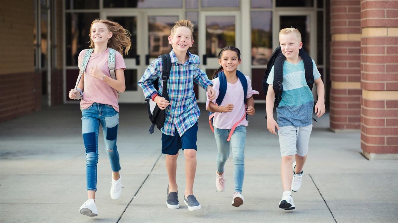 Olajšajmo vstop v šolo družinam v finančni stiski