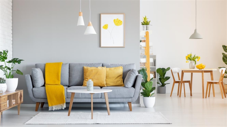 Vaš dom potrebuje osvežitev? Odenite ga v barvi leta 2021!