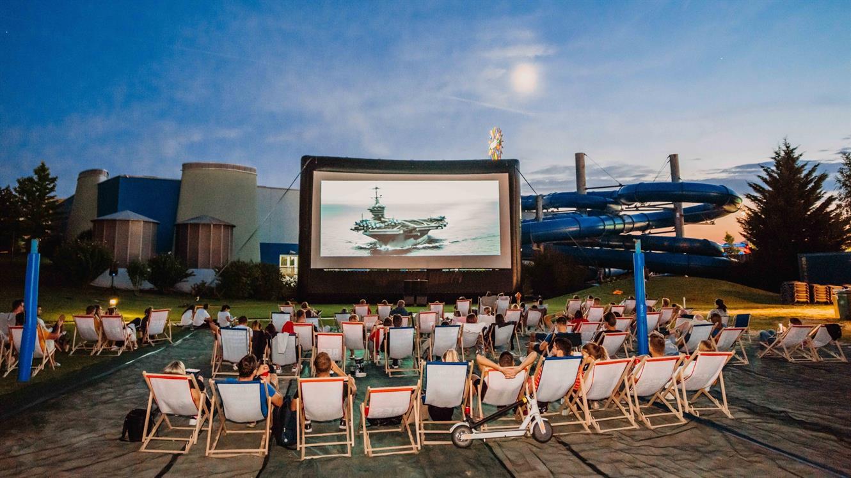 Otvoritev Piknik kina Atlantis je zaznamovalo grmenje