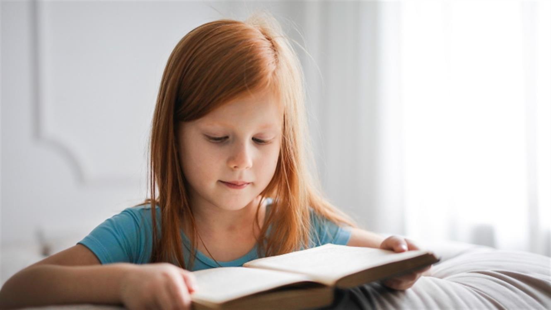 Podarite knjigo in osrečite otroka v stiski