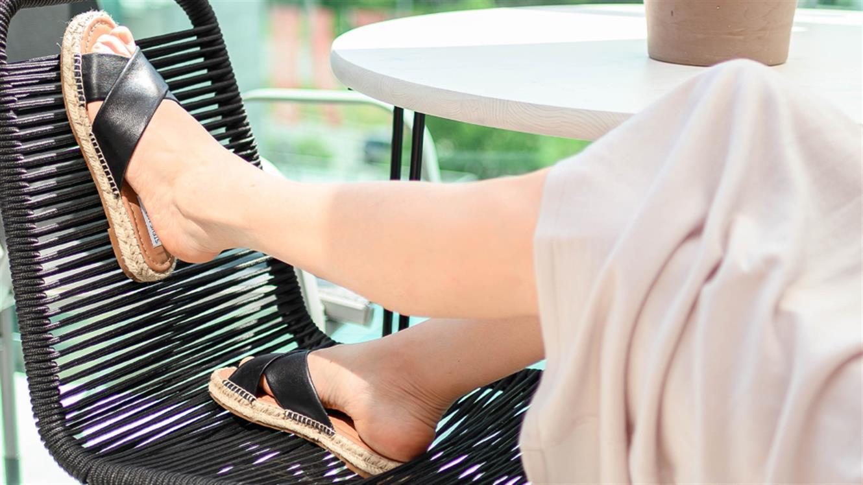 Poletni trendi v Office Shoes: novosti in večne znamke