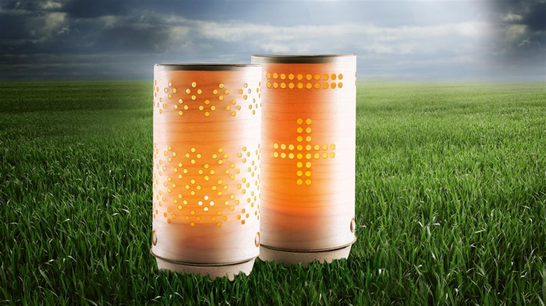 Svetla prihodnost z biorazgradljivo kompostilno svečo