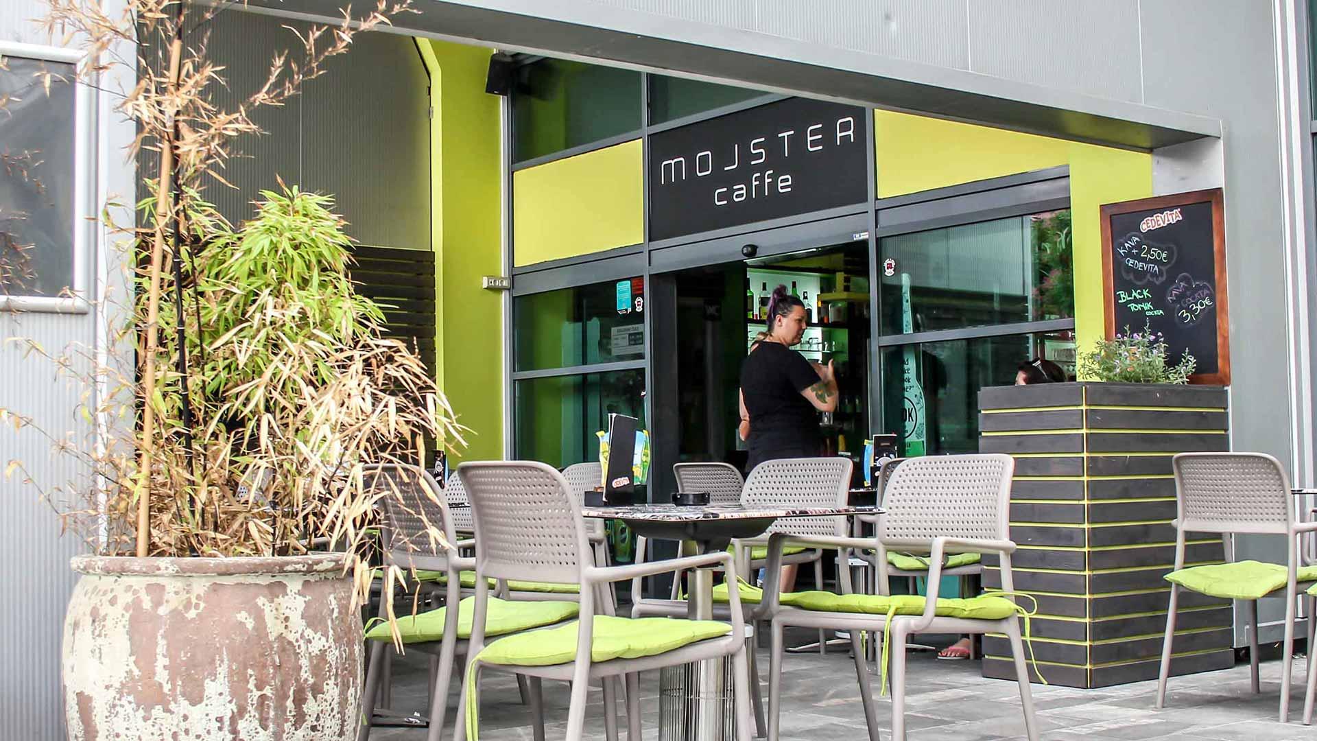 382-hero-Mojster_Caffe-zunaj