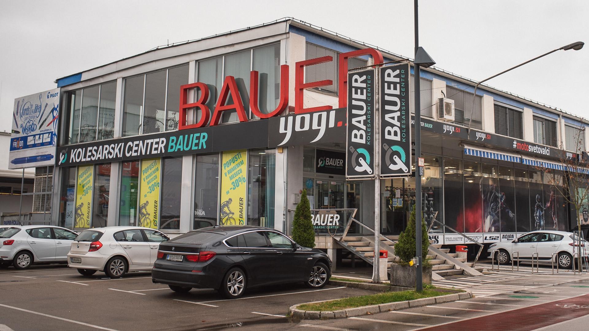 Bauer-hero