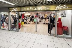 2425-Anita-moski-in-zenski-boutique-(1)