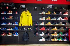 284-Hip-Hop-Shop-(5)